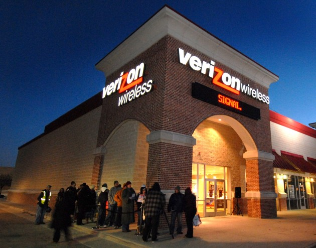 Verizon outmaneuvers AT&T, scoops up big-time 5G network acquisition