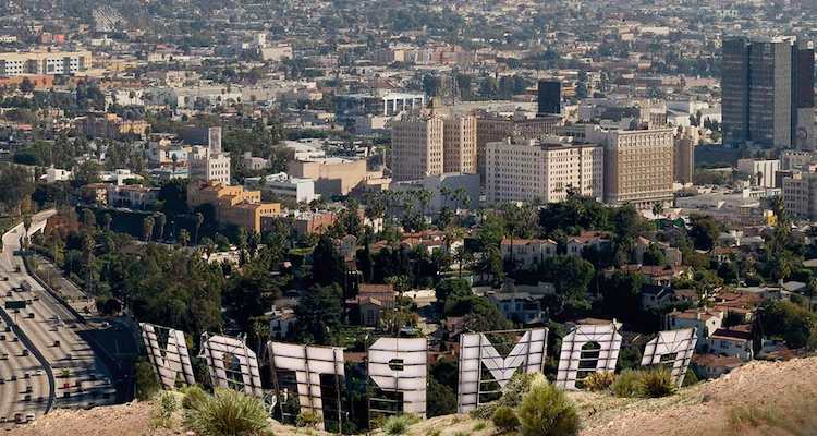 Dr. Dre's 'Compton' album streamed 25 million times in first week on Apple Music